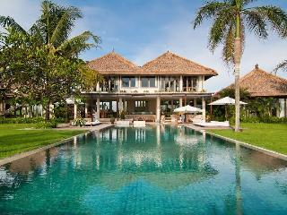 Kalima, Luxury 6 Bed villa, Beachfront, Pererenan, Canggu