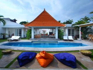 Villa Mutiara Putih - Beach 3mn Central Seminyak