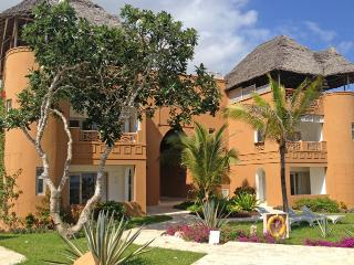 Privately owned Medina Palms Beach Villa, Watamu