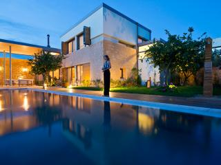 Boutique CONTE MARINO VILLAS in Chania Crete, Platanias