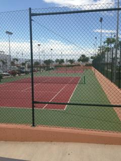 Communial tennis courts