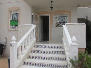 Townhouse near Guardamar Beach /Golf Coarse resort