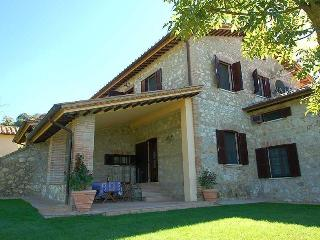 PODERE GLI ULIVI (WHOLE PROPERTY), Lugnano in Teverina