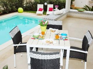 Villa Bianca con piscina