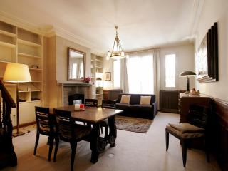 Appartement - rue Montevideo 75016 PARIS - REF : G, Paris