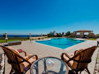 FULL SEA VIEW VILLA ROSE, Afando