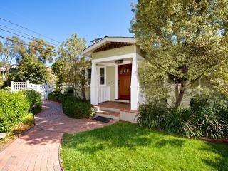 San Diego - Charming South Park Cottage!
