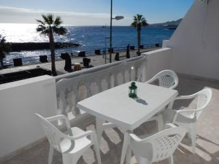 Apartment in front of the beach + WIFI, Santa Cruz de Tenerife