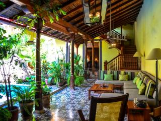 Casa Vega, Old World Style Luxury, Grenade