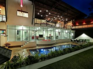 Modern valley view villa for rent, Chalong