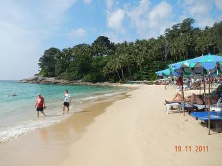 Surin Beach-Modern One Bedroom 100 mtr to Beach B1, Cherngtalay