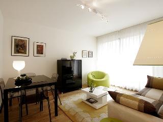 Apartment - Rue Larochelle 75014 PARIS -, Paris