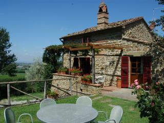 Villa Oleandro-charming rental in typical hamlet, Montalla