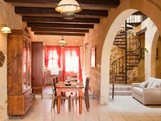 Gozo Farmhouse with A/C in Xaghra