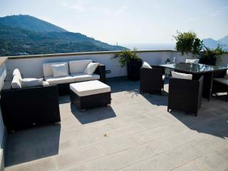 Torre del Saraceno, recentely renovated, sea view