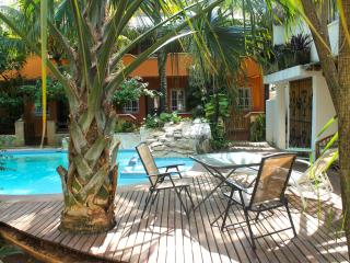 Charming two story house with pool and garden 2, Tulum