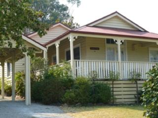 Brentwood Cottage - 2 Min walk to township., Healesville