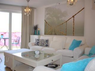Modern apartment Baffy in Porec center