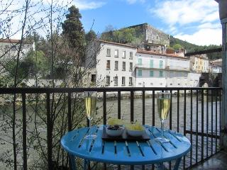 Large Merchant's Townhouse in Quillan
