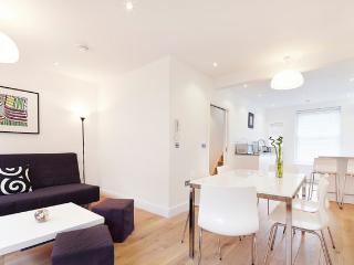 Relocabroad Apartment (CG05), London
