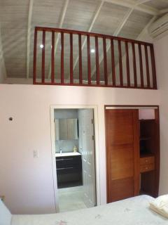 loft with king size matress for 2 aditional persons - no costs