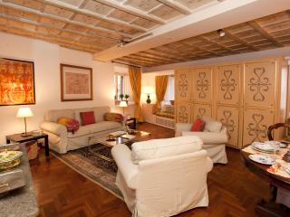 Casa Giulia in the heart of Renaissance Rome