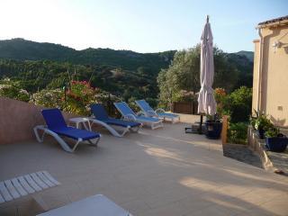 Belle Villa calme  vue mer et montagne plage 800m
