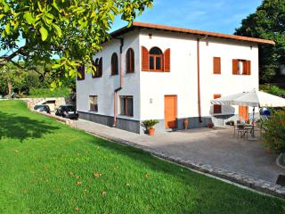Villa Livia - apartment in villa between Sorrento & Positano