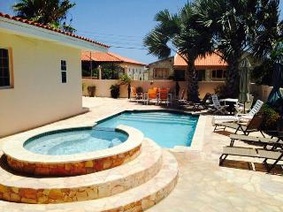Villa Paradise with private pool - 3 bedrooms