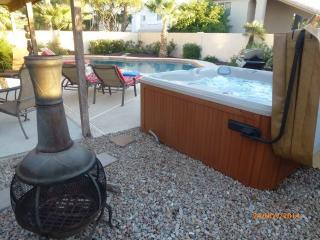 Luxury 4 Bed, 3 Bath, Heated 40' Diving Pool & Spa, Scottsdale