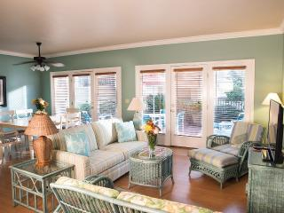 Beach Axis - 3BDRM 3 1/2BATH TownHouse, Fernandina Beach