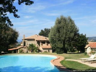 Bellevue - Montan Seggiano villa rental, holiday villa to let in Tuscany, self c