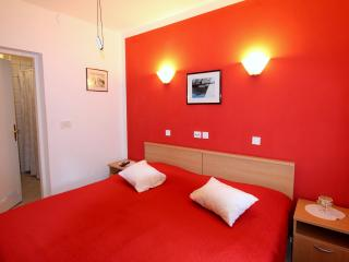 Red Paradise Apartment, Lopud