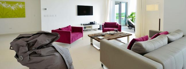 Villa Moonrise 1 Bedroom (Fabulous Brand New Apartment Located At The Blue