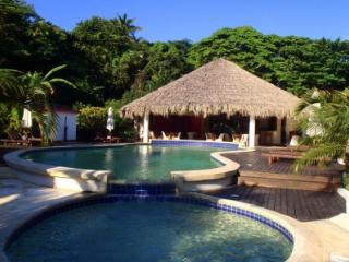 Villa del Coco: A Tropical House in Las Terrenas