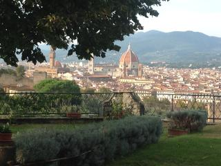 EXCLUSIVE CENTRAL VILLA WITH VIEW, Florence
