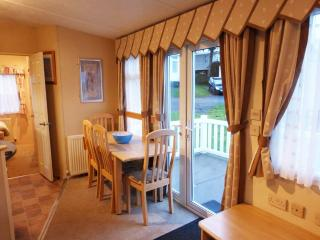 Wild Rose 3 bedroom dog friendly caravan on award winning Rockley Park, Poole