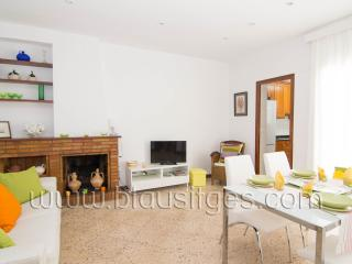 GRALLA nice apartment in the center, Sitges