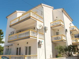 Apartmets Lovrić, Srima