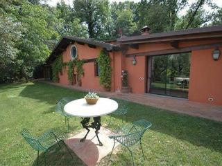 Villa in Arliano, Tuscany, Italy
