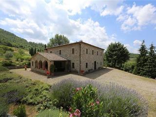 Villa in Trevinano, Tuscany, Italy