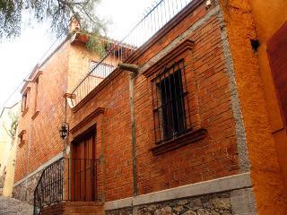Villa Alta Dos at Calle Sierra Gorda #10
