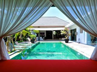 Striking 3 BD villa minutes from central Seminyak, Kerobokan
