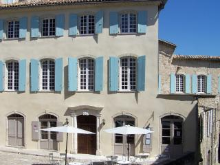 Great elegant 18th century mansion in Ardeche, Joyeuse