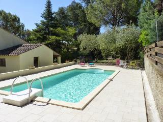 Villa St Lorraine, Chateauneuf-de-Gadagne
