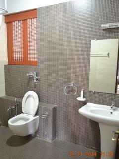 Villa Caroline - Room 104 Toilet