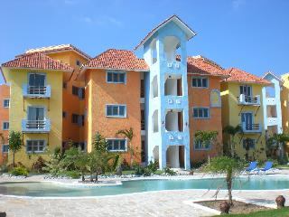 Blue fish condo-One step to the ocean, Sosua