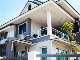 P Villa, Buriram