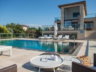 Luxury Seaview Villas in Chania, La Canea