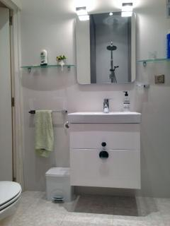 Toilettes, WC, bidet et douche